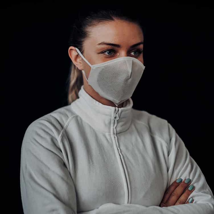 Atemmaske - Daily Mask 4-K2 mit Einfass inklusive Filter - Mittlere Kopfgröße, bevorzugt für Damen (wiederverwendbar / waschbar)